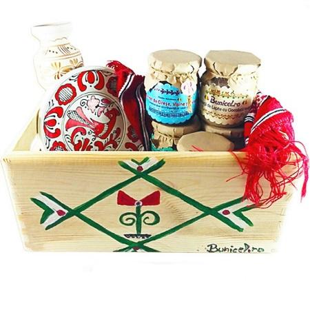 Cos Cadou Traditional - produs artizanal de BunicelRo
